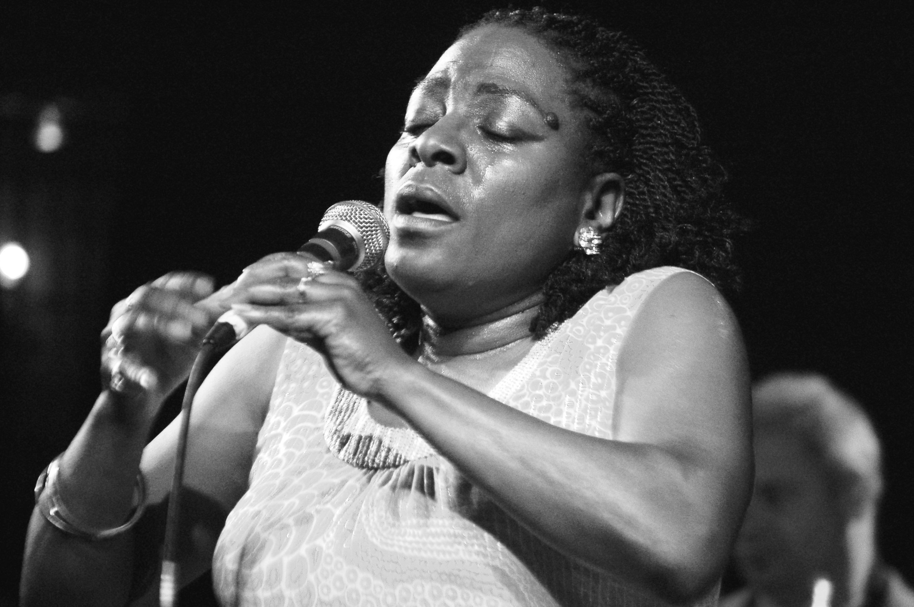 Photos/Review: Sharon Jones & The Dap Kings w/ Menahan Street Band