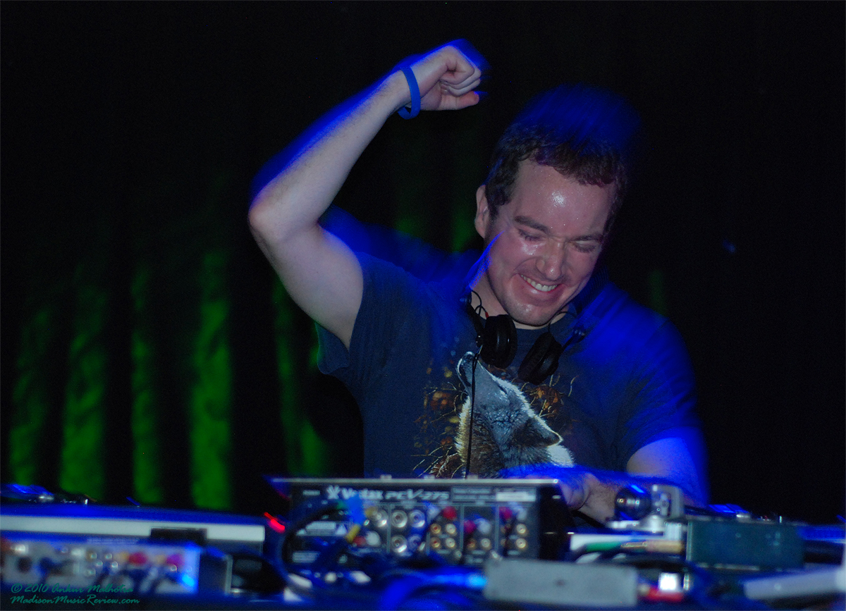 Review: Interstellar Overdrive featuring Tinhead, Ryan Simatic and Ian Lehman
