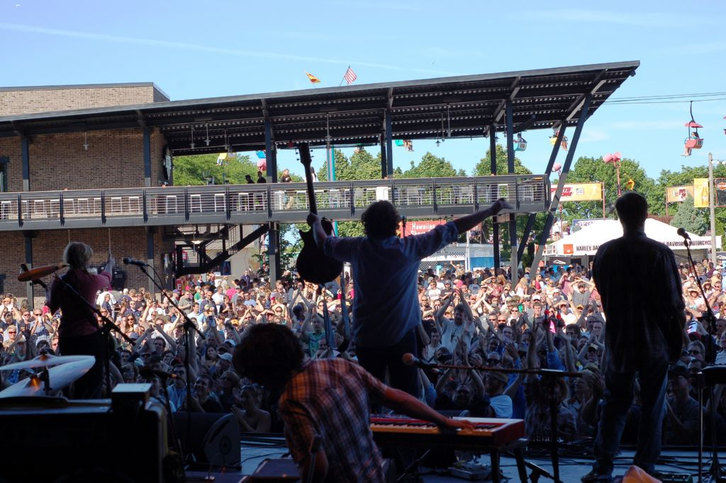 Drive By Truckers  – Tue., September 28, 2010 – The Majestic Theatre