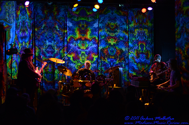 Show Review: 7 Walkers are Bill Kreutzmann, Papa Mali, George Porter Jr. and Matt Hubbard. March 25, 2011