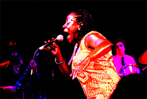 SHARON JONES + THE DAP KINGS – Mon., May 16, 2011 – Capitol Theater
