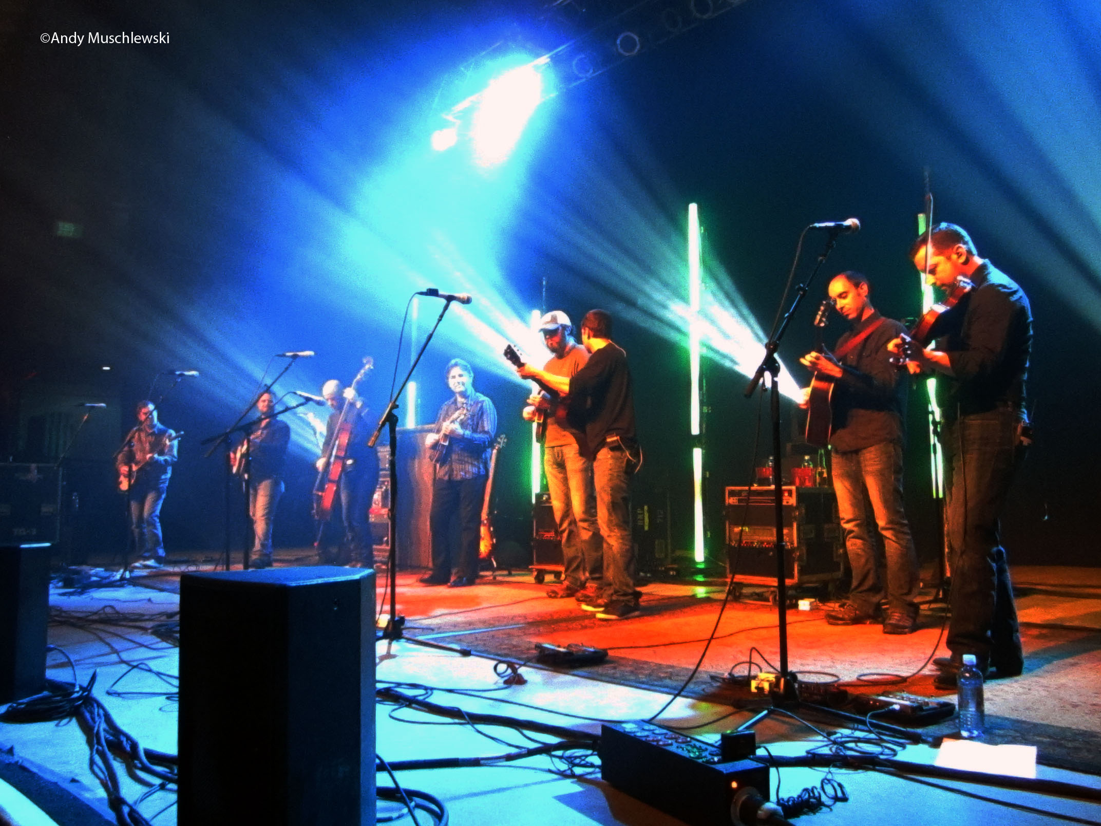 Review: Yonder Mountain String Band W/ Travlin' McCourys  @ The Orpheum Theater